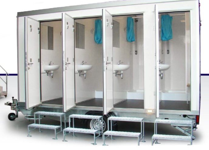 shower-block-door-open